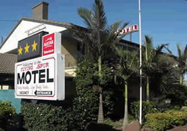 Flying Spur Motel - Accommodation Cairns