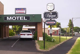 The Diplomat Motel - Accommodation Cairns