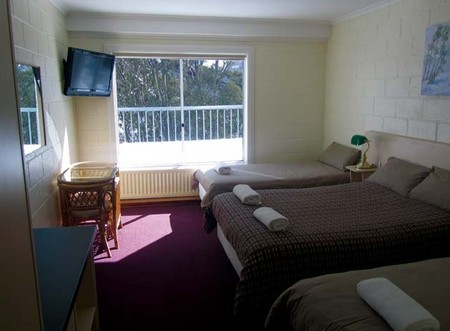 Falls Creek Hotel - Accommodation Cairns