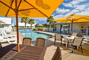Torquay Tropicana Motel - Accommodation Cairns