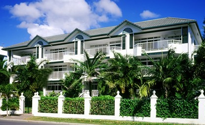 Costa Royale Beachfront Apartments - Accommodation Cairns