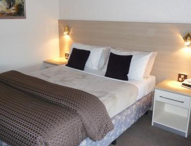 Hamiltons Townhouse Motel - Accommodation Cairns