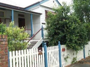 Eskdale Bed And Breakfast - Accommodation Cairns