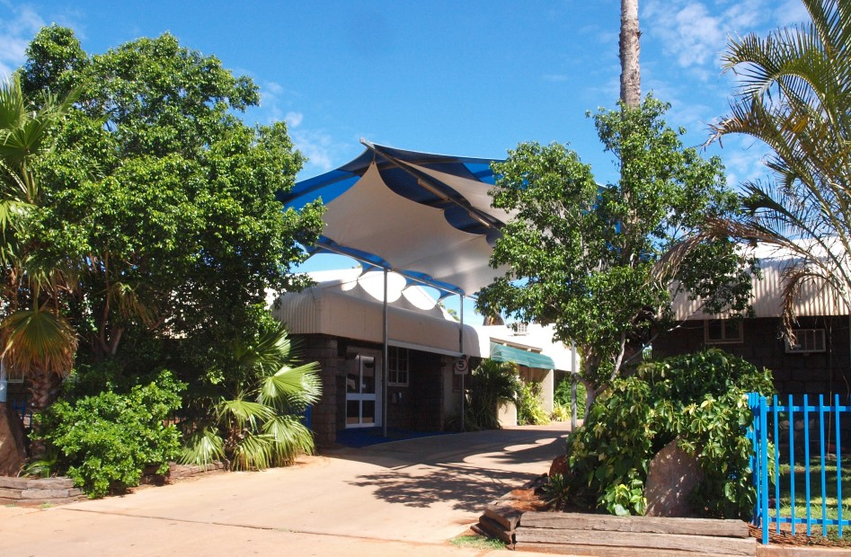 Bluestone Motor Inn - Accommodation Cairns