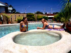 Mackay Motor Inn - Accommodation Cairns