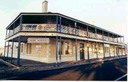 Robe Hotel - Accommodation Cairns