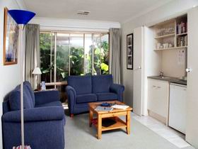 Bellevue Bed  Breakfast - Accommodation Cairns
