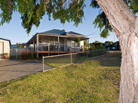 Serenity Holiday House - Accommodation Cairns