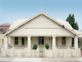 Seaside Semaphore Holiday Accommodation