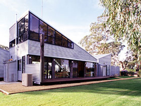 Punters Vineyard Retreat - Accommodation Cairns