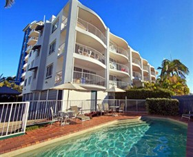 The Beach Houses - Cotton Tree - Accommodation Cairns