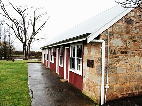 Ross Caravan Park  Heritage Cabins - Accommodation Cairns
