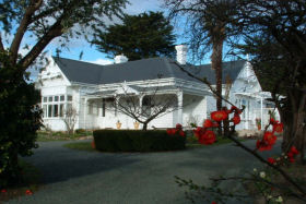 Huonville Guesthouse