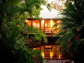 Hunchy Hideaway - Accommodation Cairns
