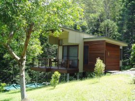 Montville Ocean View Cottages - Accommodation Cairns