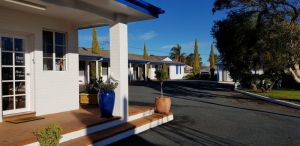 Colonial Motel - Accommodation Cairns