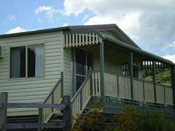 Halls Country Cottages - Accommodation Cairns