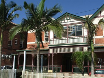 Maclean Hotel - Accommodation Cairns