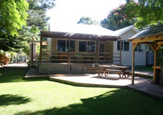 Pine Cottage - Accommodation Cairns