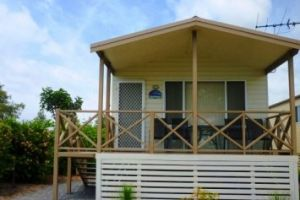 Belmont Pines Lakeside Holiday Park - Accommodation Cairns