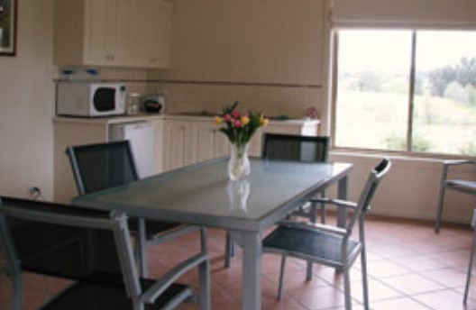 Burns B and B and Yabby Farm - Accommodation Cairns