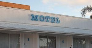 Broad Shore Motel - Accommodation Cairns