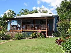 Blue House Family Accommodation - Accommodation Cairns