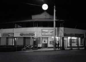 Burnett Hotel - Accommodation Cairns