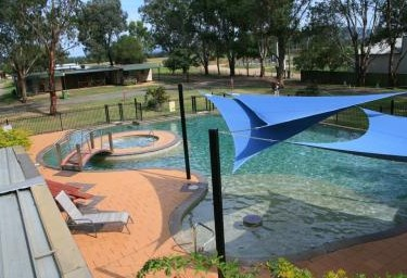 Valley Vineyard Tourist Park - Accommodation Cairns