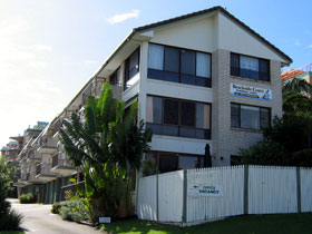 Beachside Court - Accommodation Cairns