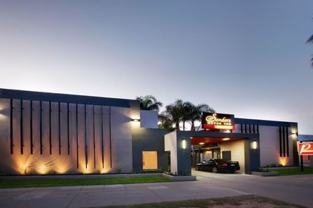 Sandors Motor Inn - Accommodation Cairns