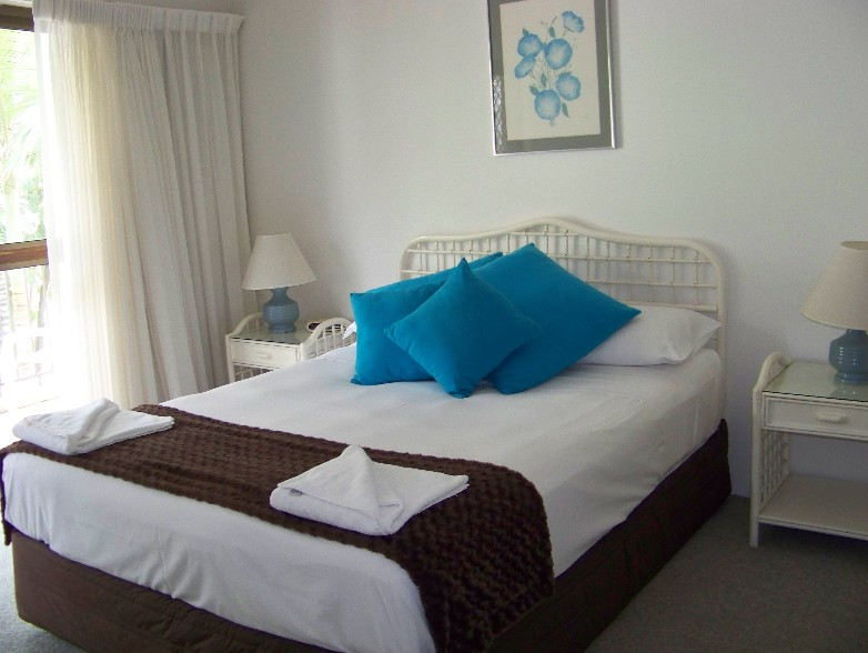 Old Burleigh Court Holiday Apartments - Accommodation Cairns