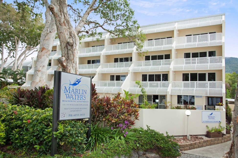 Marlin Waters Beachfront Apartments - Accommodation Cairns