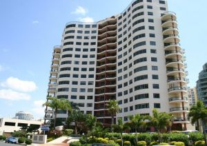 Meriton Apartments - Accommodation Cairns