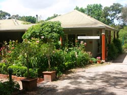 Treetops Bed And Breakfast - Accommodation Cairns