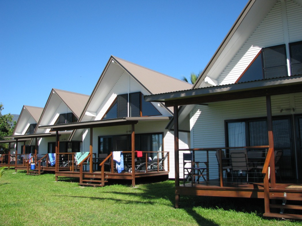 Cardwell Beachcomber Motel  Tourist Park - Accommodation Cairns