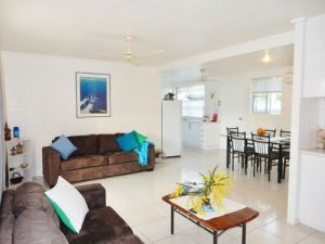Lucinda Holiday Rentals  - Accommodation Cairns