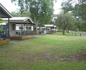 Beachfront Caravan Park - Accommodation Cairns