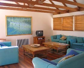 Kent Gardens Holiday House - Accommodation Cairns