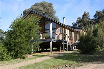Yering Gorge Cottages by The Eastern Golf Club - Accommodation Cairns