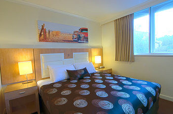 Park Squire Motor Inn and Serviced Apartments - Accommodation Cairns