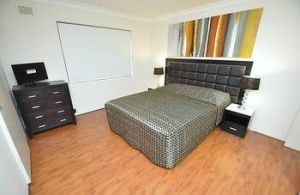 Balmain 3 Mont Furnished Apartment - Accommodation Cairns