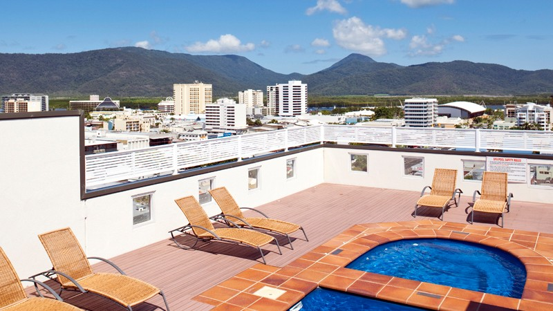 BEST WESTERN PLUS Cairns Central Apartments - Accommodation Cairns