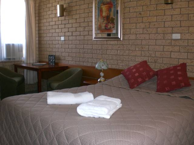 Allamar Motor Inn - Accommodation Cairns