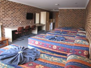 Big Trout Motor Inn - Accommodation Cairns
