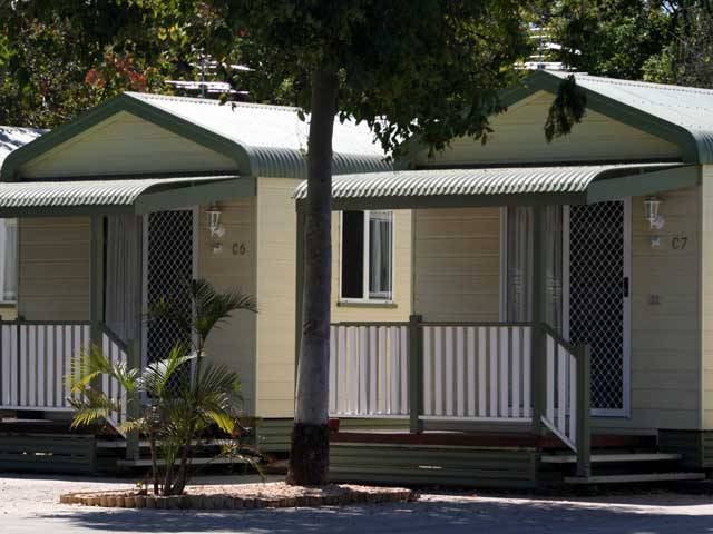 Emerald Cabin  Caravan Village - Accommodation Cairns