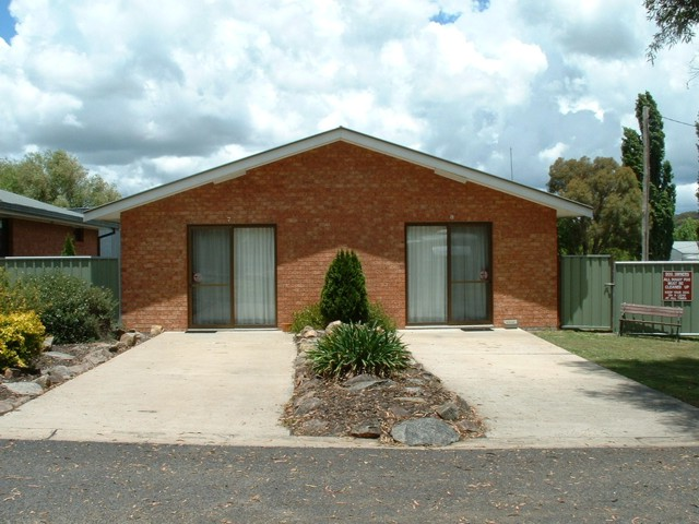 Fossicker Caravan Park - Accommodation Cairns