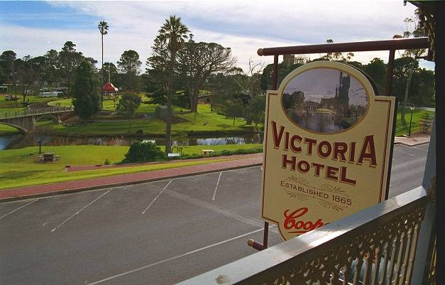 Victoria Hotel - Accommodation Cairns