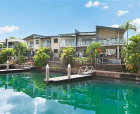 Bay View Luxury Waterfront Villa - Accommodation Cairns