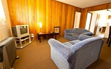 Snowy Mountains Motel - Adaminaby - Accommodation Cairns